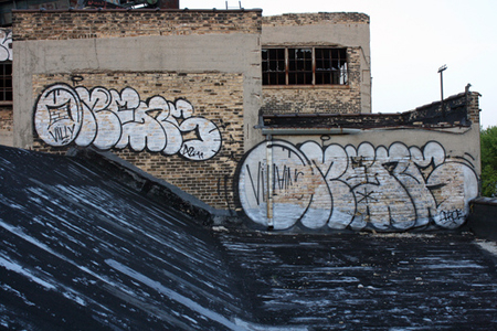 omens_thowup_graffiti_montana_colors